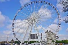 Grande Roue des Tuileries (ρόδα Ferris) στο Παρίσι, Γαλλία στοκ εικόνες