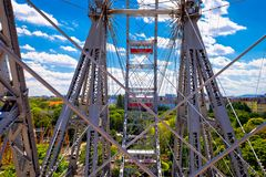 Grande roue géante de Prater Riesenrad dans la vue de Vienne photographie stock