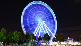 Grande roue lumineuse images libres de droits