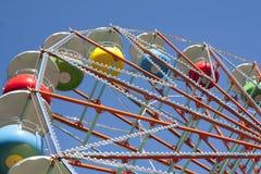 Grande roue sur le fond de ciel Photographie stock libre de droits