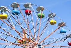 Grande roue sur le fond de ciel Image libre de droits