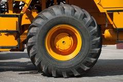 Grande ruota del camion fotografia stock libera da diritti