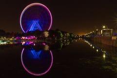 Grande ruota di Montreal alla notte Canada immagini stock