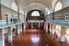 Grande salão em Ellis Island Immigration Museum foto de stock royalty free