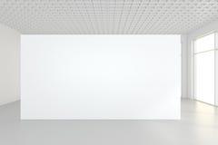 Grande sala vazia com quadros de avisos eretos rendição 3d Fotos de Stock Royalty Free