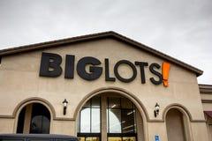 Grande segno del grande magazzino dei lotti immagini stock libere da diritti