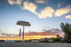 Grande segno del motel del ristorante, U.S.A. Fotografia Stock