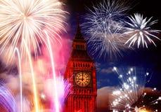 Grande sia con i fuochi d'artificio Notte di San Silvestro Immagini Stock Libere da Diritti