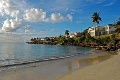 Grande spiaggia di Anse verso la fine del pomeriggio Fotografie Stock Libere da Diritti