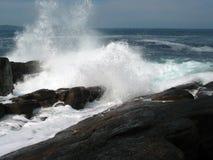 Grande spruzzata dell'onda Fotografia Stock