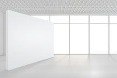 Grande stanza vuota con i tabelloni per le affissioni diritti rappresentazione 3d Fotografia Stock Libera da Diritti
