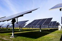 Grande station solaire un temps clair image libre de droits
