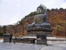 Grande statua di Buddha a Seoraksan Immagine Stock Libera da Diritti