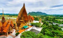 Grande statua di Buddha a Tiger Cave Temple, Tailandia immagine stock