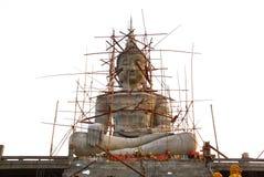 Grande statue de Bouddha en construction images libres de droits