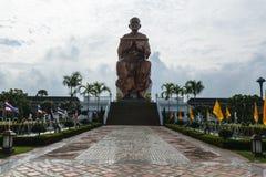 Grande statue de toh de somdej Photographie stock
