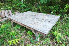 Grande tabela de madeira Imagens de Stock Royalty Free