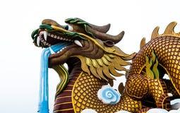 Grande testa della statua del drago su fondo isolato, Supanburi, Tailandia Fotografia Stock