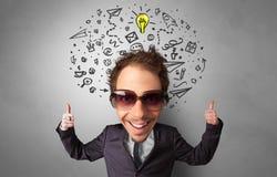 Grande testa sul piccolo ente con il concetto della gestione immagini stock libere da diritti