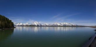Grande Teton, Jackson Lake immagini stock libere da diritti