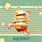 Grande torta di compleanno del cioccolato Fotografia Stock Libera da Diritti