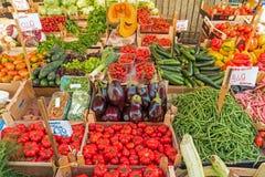 Grande variedade de vegetais para a venda Fotografia de Stock