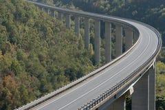 Grande viadotto della strada principale Fotografie Stock