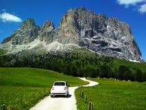 Grande vista della gamma superiore di Cadini di Misurina in parco nazionale Tre Cime di Lavaredo Dolomia, Tirolo del sud posizion immagini stock