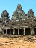Grande vista do templo de Bayon em Angkor Thom em Camboja Fotografia de Stock Royalty Free