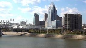 Grande vista na cidade da skyline de Cincinnati de Cincinnati filme
