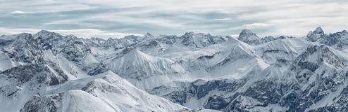 Grande vista panoramica dalla montagna di Nebelhorn, alpi bavaresi, Fotografia Stock