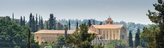 Grande vista panoramica del monastero di silenzio - monastero del trappista di Latrun fotografie stock libere da diritti