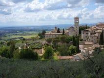 Grande vista sopra la campagna di Umbrian e di Assisi fotografia stock libera da diritti