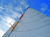 Grande voile de bateau image libre de droits