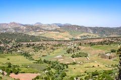 Grande vue au-dessus des montagnes de Sierra Nevada photographie stock libre de droits