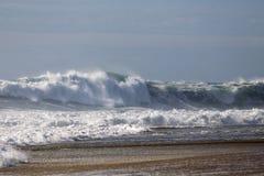 Grandes belles vagues Photo stock