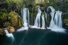 Grandes cachoeiras de Una em MArtin Brod, em B?snia e em Herzegovina fotografia de stock royalty free