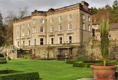 Grandes casa de campo e jardim ingleses Fotografia de Stock Royalty Free