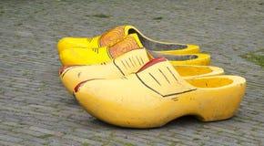 Grandes chaussures en bois Photographie stock libre de droits