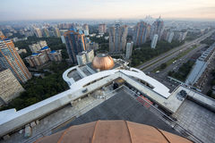 Grandes constructions sur le toit Images libres de droits