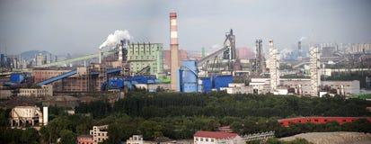 Grandes entreprises sidérurgiques Photos libres de droits
