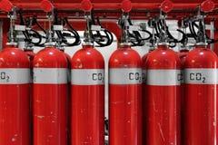 Grandes extintores do CO2 em um central elétrica Foto de Stock Royalty Free