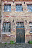 Grandes fenêtres de prison Images stock