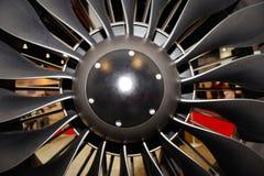 Grandes lâminas de turbina do motor de jato foto de stock royalty free