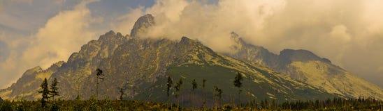 Grandes montagnes Photographie stock libre de droits