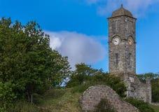 Grandes monumento y torre de guerra en Helmsdale, Escocia Fotografía de archivo libre de regalías