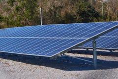Grandes painéis solares usados para a energia Fotografia de Stock Royalty Free