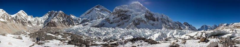 Grandes paisajes panorámicos del Himalaya en la base de Everest Foto de archivo libre de regalías