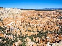 Grandes pináculos cinzelados afastado pela erosão Imagens de Stock
