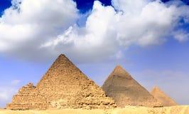 Grandes pirámides, situadas en Giza. Panorama Imagen de archivo